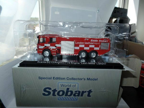 Atlas Oxford JV4116 1/76 OO Scale Scania DC13 Fire Engine Leah Millie Stobart